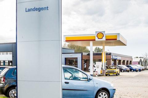Tanken bi Autoberdrijf Landegent Burgh-Haamstede